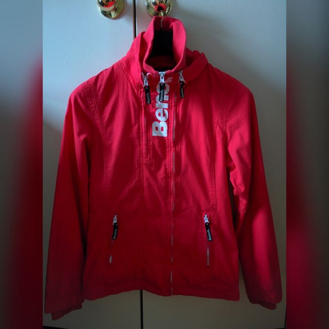 (REDUCED) BENCH Spring Jacket