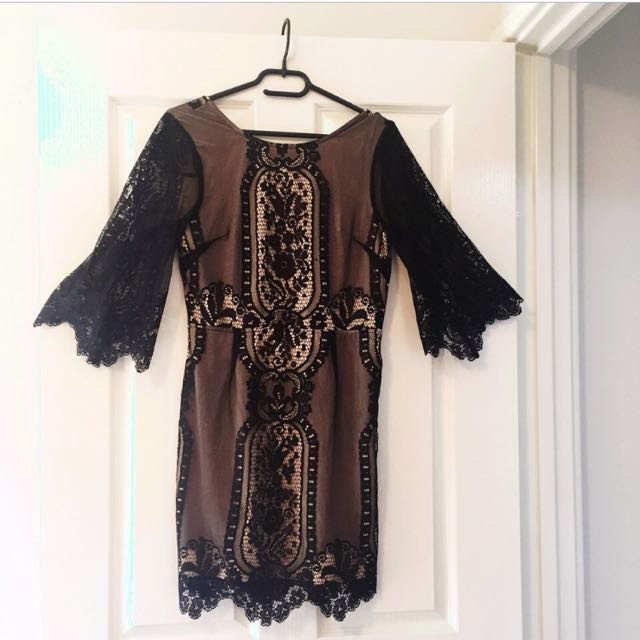 Gorgeous black and cream lace dress