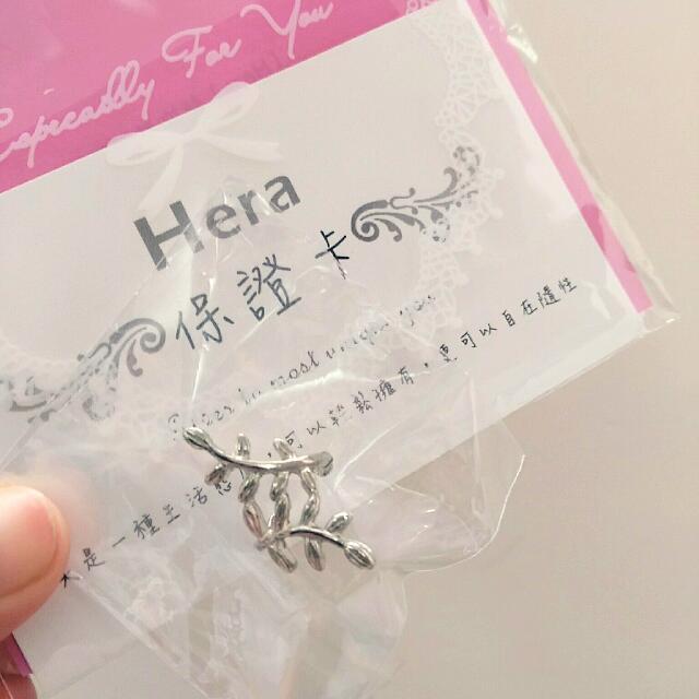 【近全新】Hera赫拉 韓國熱銷線條樹葉耳骨夾 銀色