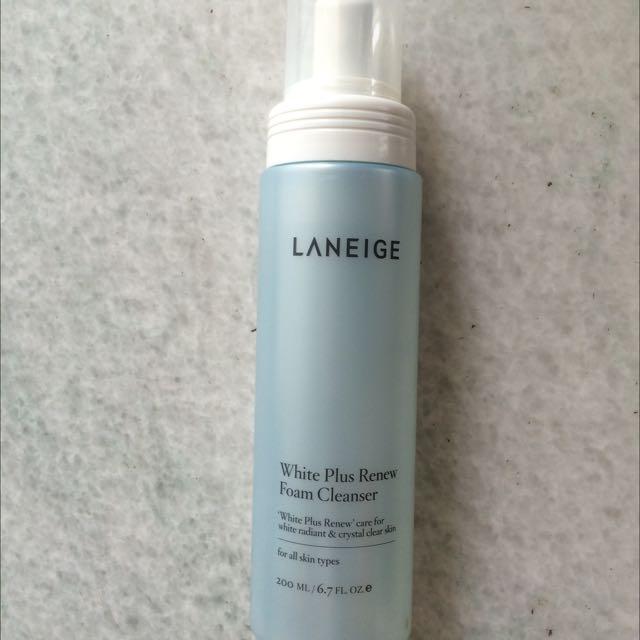 Laneige White Plus Renew Foam Cleanser