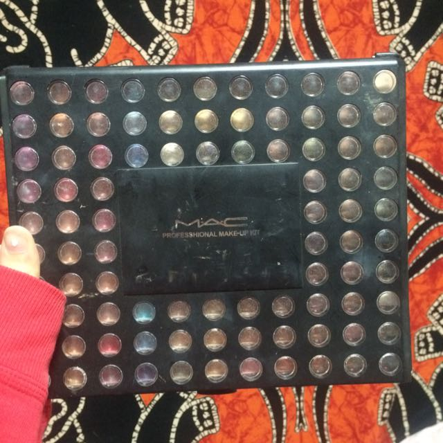 MAC Professional Eyeshadow Kit