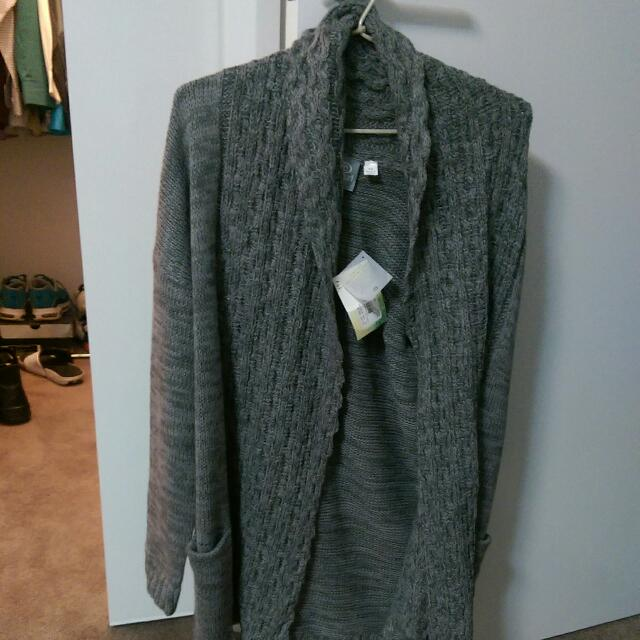 Size 10 Ripcurl Tilly Cardi