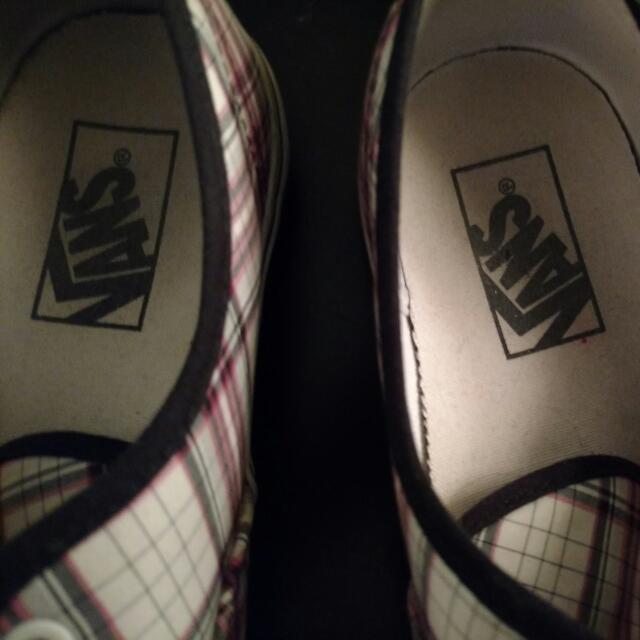 Size 9-9.5 Vans sneakers
