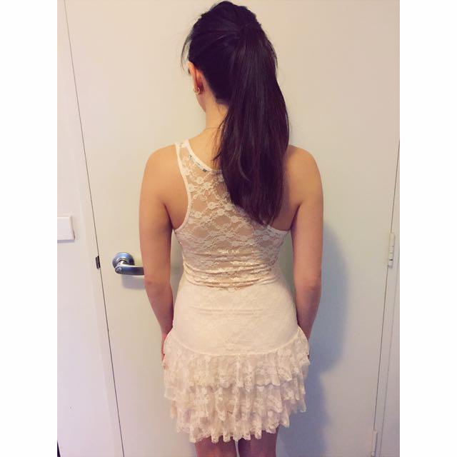 TFNC London Lace Dress in Dusty Pink
