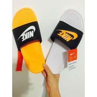 Nike ✔️ 特別款拖鞋