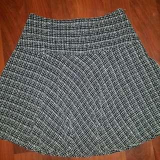 Ladies Size 8 Target Skirt