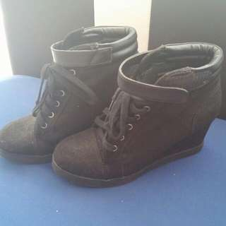 H&M Divided Boots Sneakers Wedges