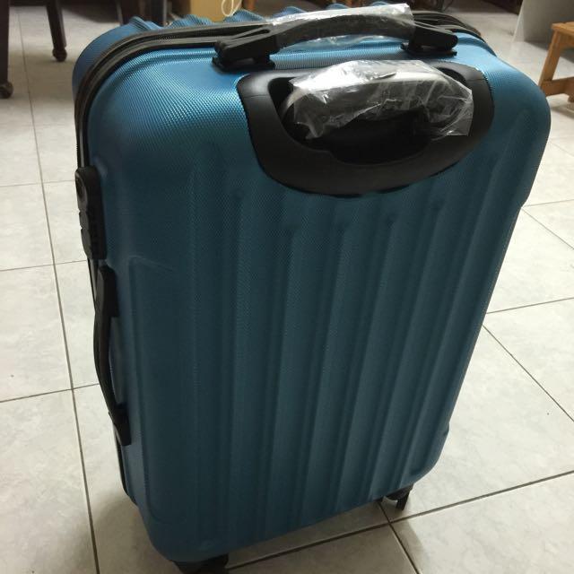 全新24寸行李箱