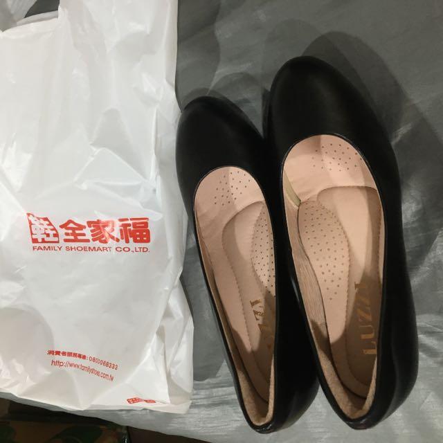 素面簡單黑色高跟鞋