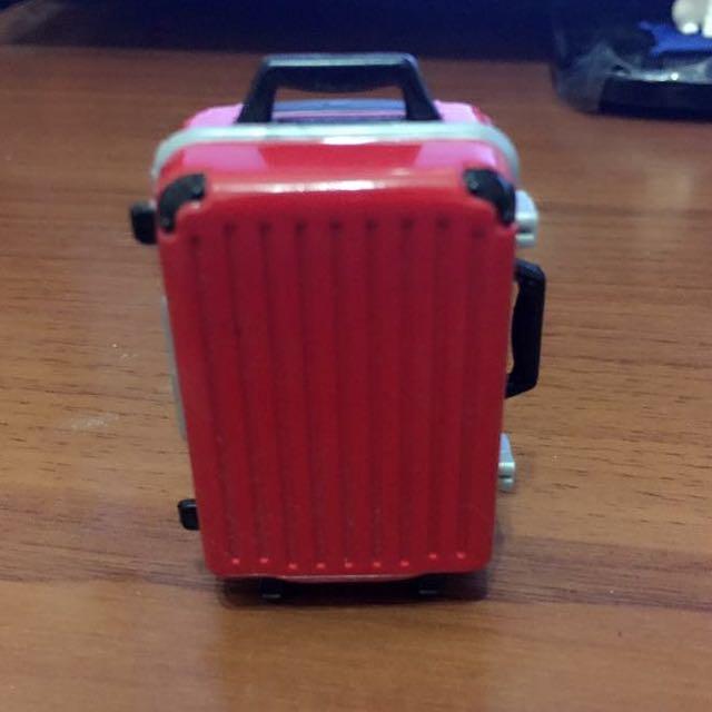 扭蛋 行李箱
