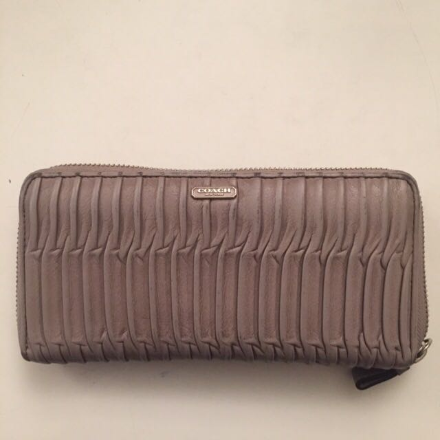 Authentic Coach Gathered Leather Wallet