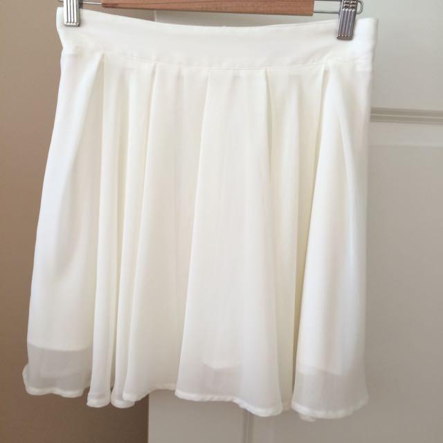 Beautiful Pleated Cream Skirt