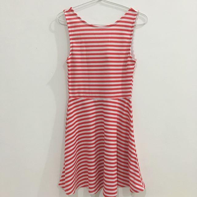 H&M Dress Merah Putih