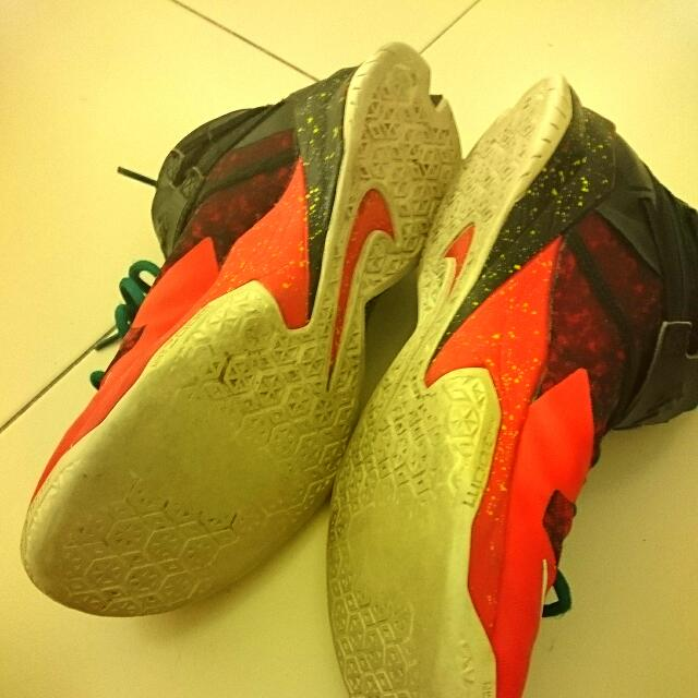 the best attitude 4baeb 3af8d Lebron Soldier 8 Christmas Edition, Sports on Carousell