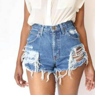 Preloved High Waist Ripped Shorts