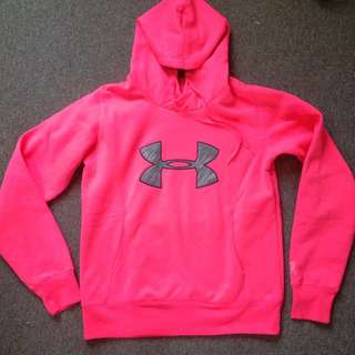 Under Armour Hoodie Size M