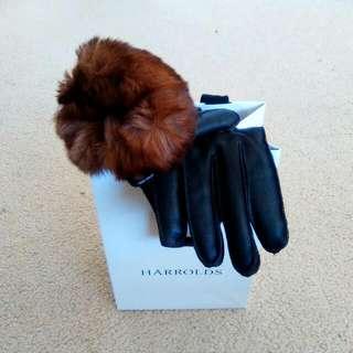 Mario Portolano : Handmade Nappa Leather Gloves w/ Rabbit Fur