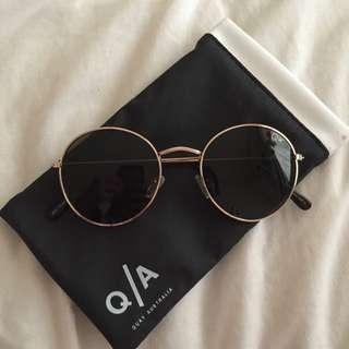 Quay Sunglasses In Mod Star