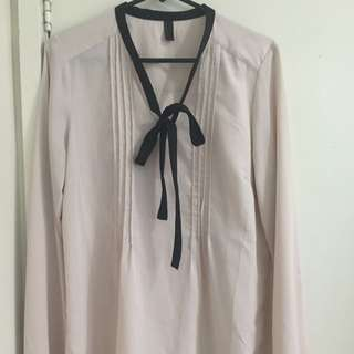 Nude Blouse With Contrast Pussybow