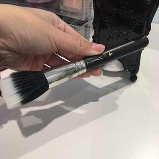 Mac brush *187*
