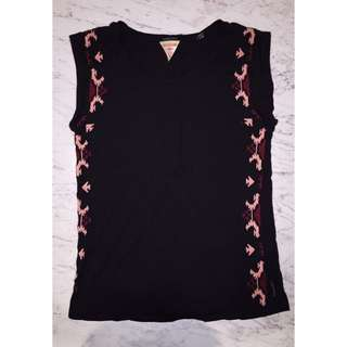 REDUCED - Maison Scotch - Embroidered tank
