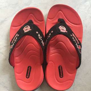 Preloved Boy Slippers (Red)