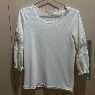 韓系蕾絲拼袖七分袖氣質上衣