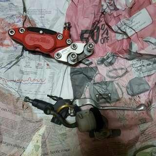 Aprilia Brake Pump With Caliper and Bracket ( RXZ ) FREE BRAKE PAD. as no longer use.