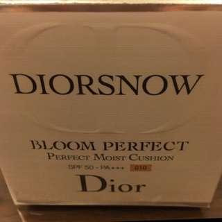 Dior迪奧雪晶靈光感氣墊粉餅#010