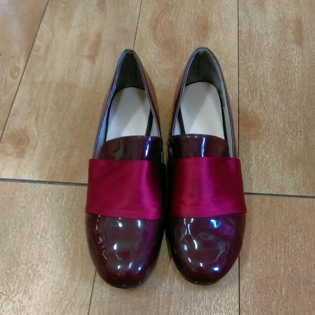 漆皮酒紅紳士鞋
