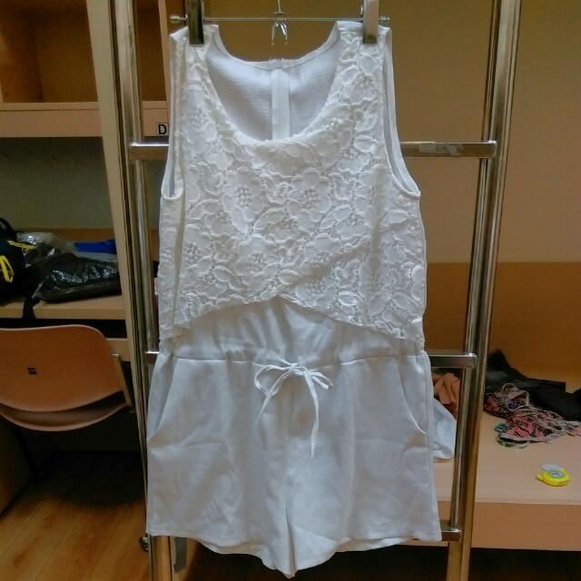 蕾絲白色連身褲