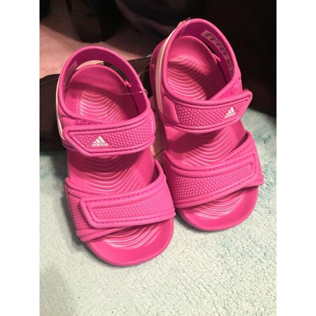 Adidas 兒童涼鞋 (日本帶回)
