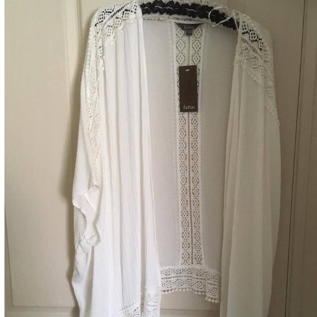 Long white crotchet kimono throw over