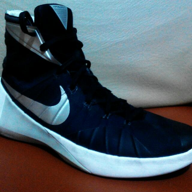 Nike Hyperdunk 2015 Size 13. Original. With FREEBIE d0c9abc432f7