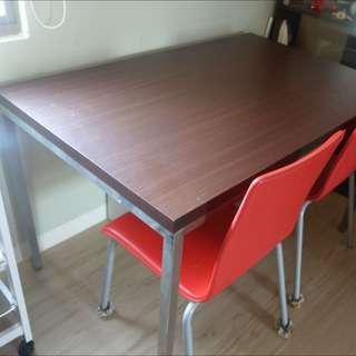 深棕餐桌+送2椅