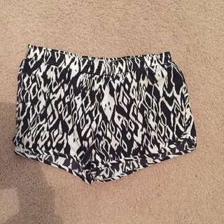 Running Bare Shorts Size 10