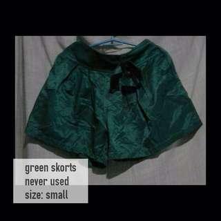 Green Skorts