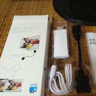 手機畫面鏡射至電視機《HDMI Dongle無線同屏器》螢幕大就是舒適