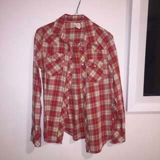 LEVI'S red plaid shirt