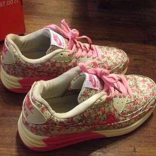 Nike Airmax Flower Pink