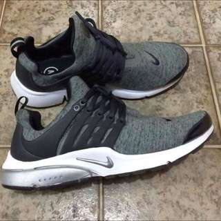 Nike presto Low cut for men  100% ORIGINAL EQUIPMENT MANUFACTURER (OEM) ACTUAL PHOTO, NOT GOOGLED, NOT EDITED Brand New  ✅Premium Quality ✅Imported from Japan
