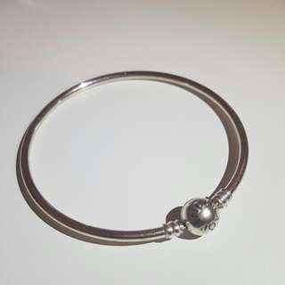 Pandora Bangle (Limited Edition)