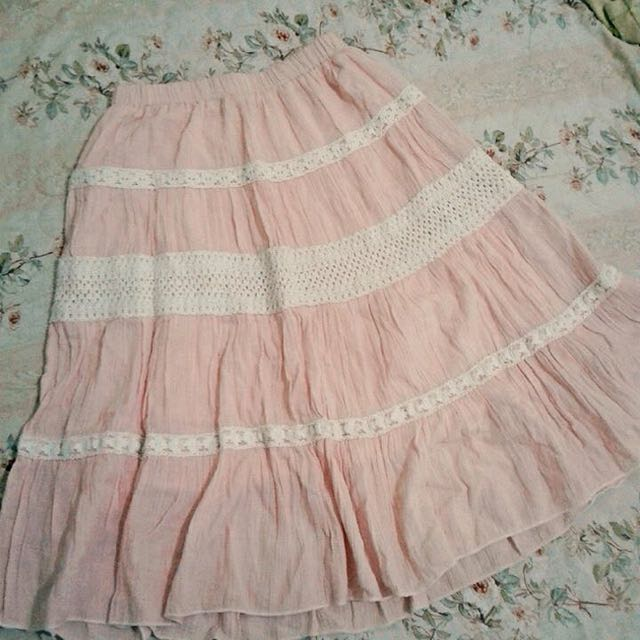 Baby Pink Knee Skirt With Lace Detail :)
