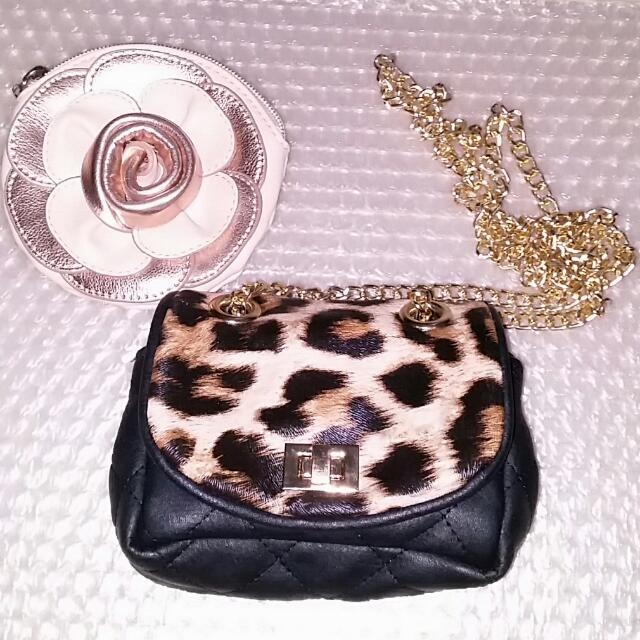 PENDING Coin Purse/ Small Phone Carry