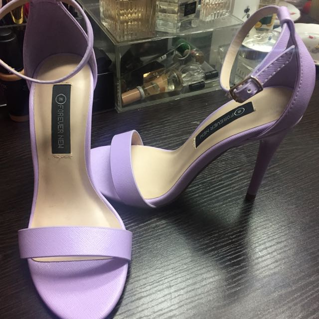 FOREVER NEW Kelly Heels