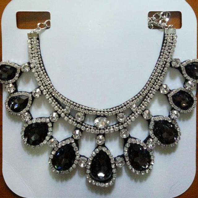 gorgeous diamond necklace