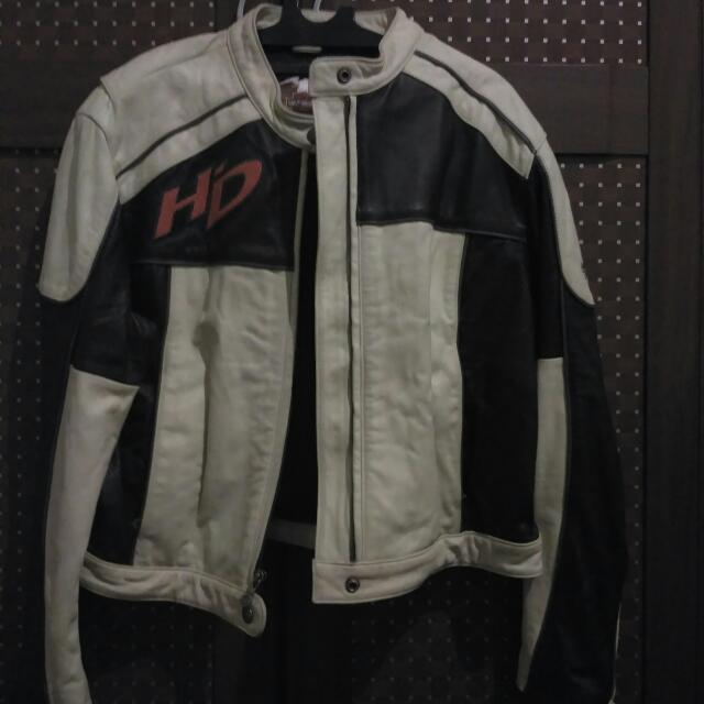 Harley Davidson Leather Jacket (Negotiable)