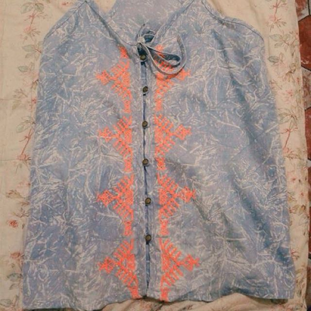 Just G Detailed Blouse!