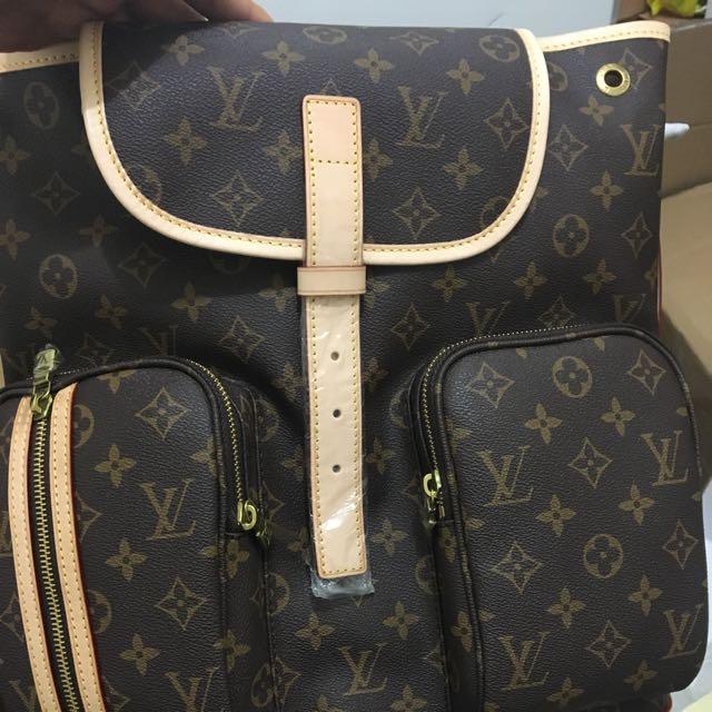 Lv Backpack Bosphore