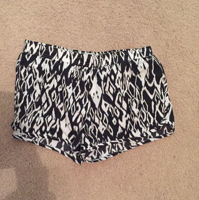 Running Bare Shorts Size 10